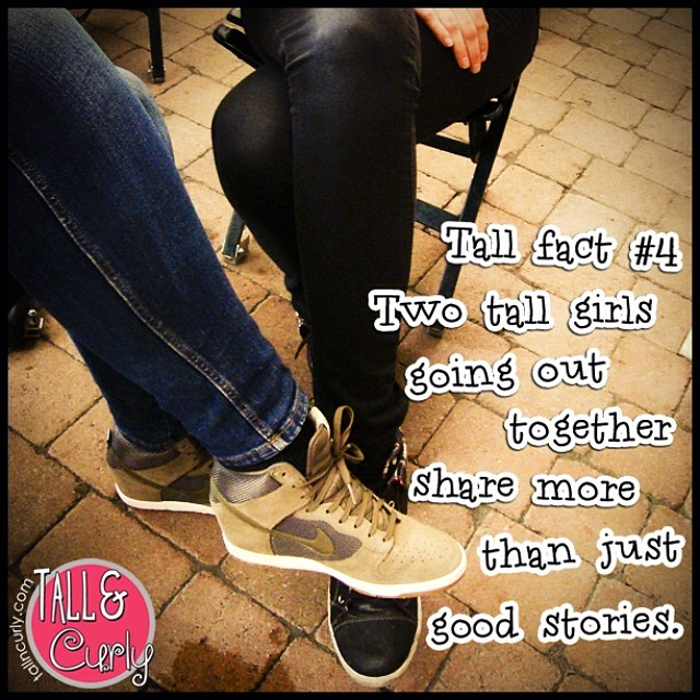 Tall fact #4 : sharing space. tallncurly.com #tallgirl #tallgirls #tallncurly #tallpeople #tallgirlproblems #tallpeopleproblems